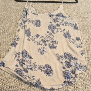 L Blue and White Flower Mudd Tank